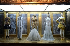 Alexander McQueen Savage Beauty at the V&A