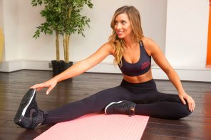 Flipping over Fitstagram: The Secrets Behind Healthy Living