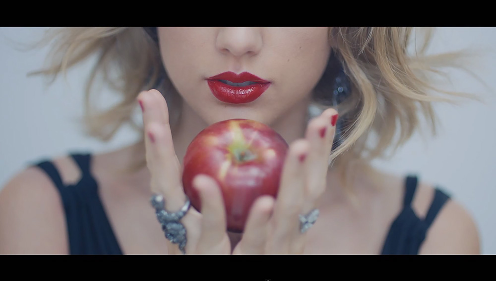 111014-taylor-swift-video-1000