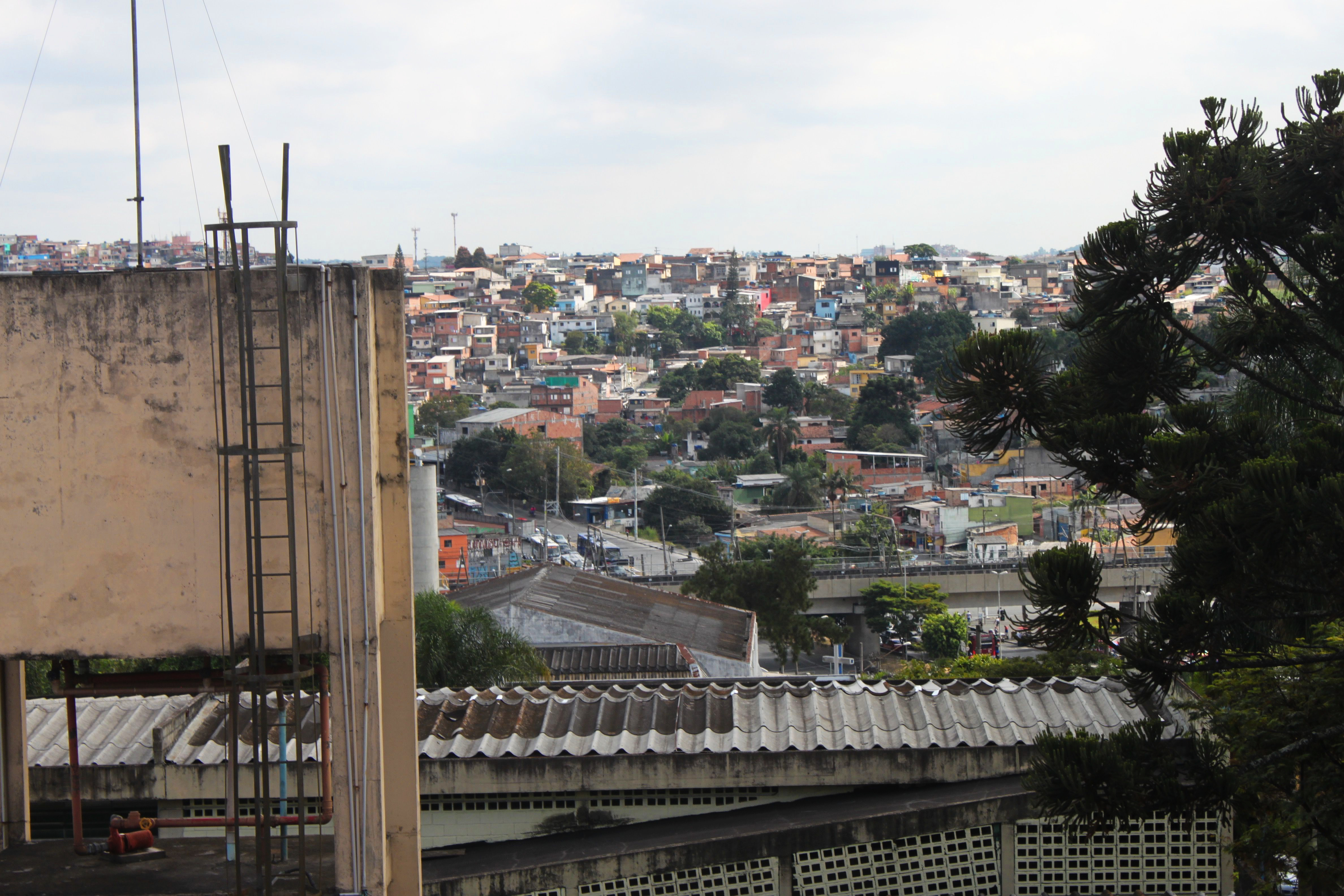 Whilst there are no 'proper' favelas in São Paulo, it's not hard to find examples of relative poverty