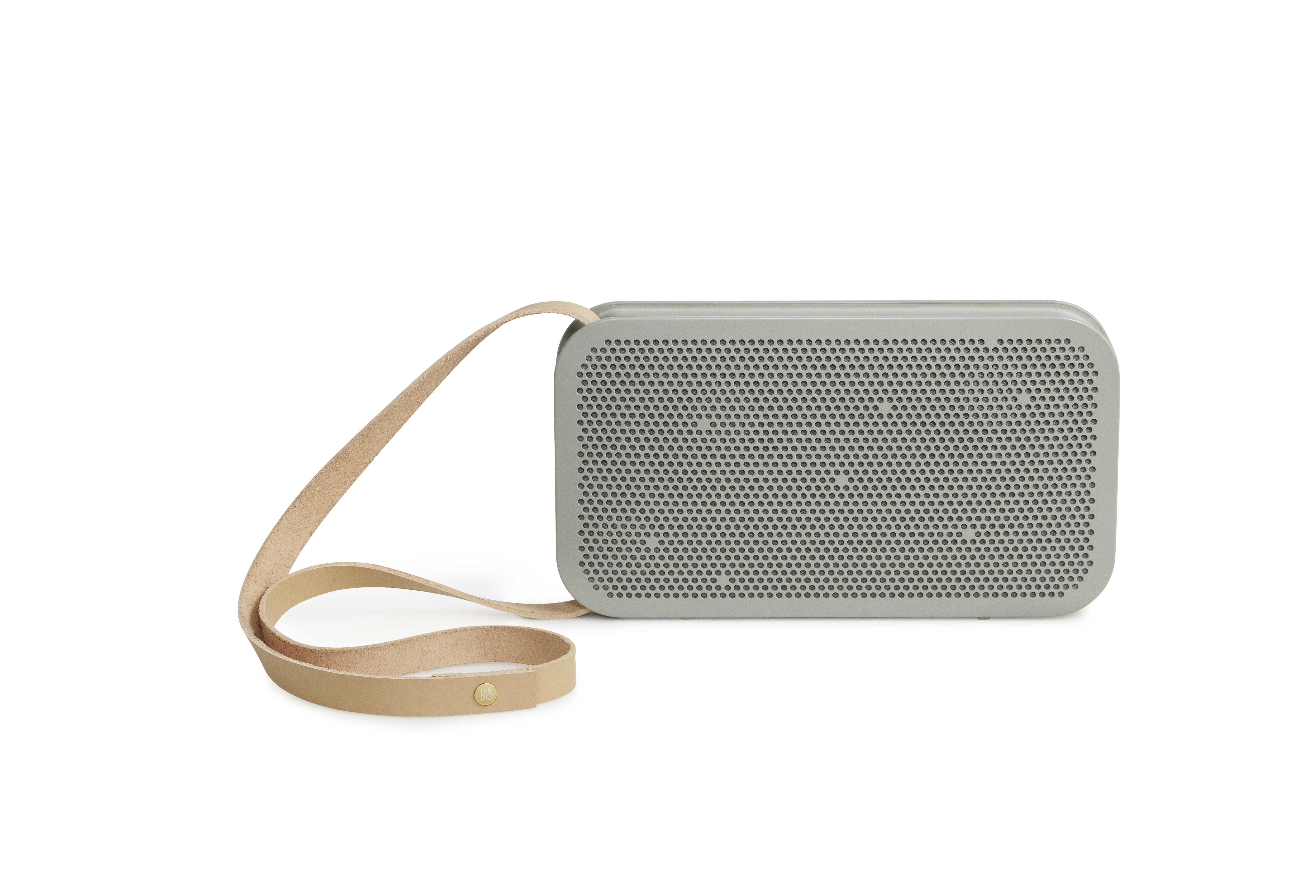 beoplay-a2-long-strap_16248900207_o