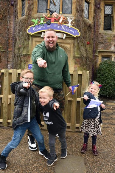 9th March 2019The launch of Chessington World of Adventures Resort's newestattraction, 'Room on the Broom – A Magical Journey', which opens this weekend.Here: Rag'n'Bone ManCredit Justin Goff/goffphotos.com