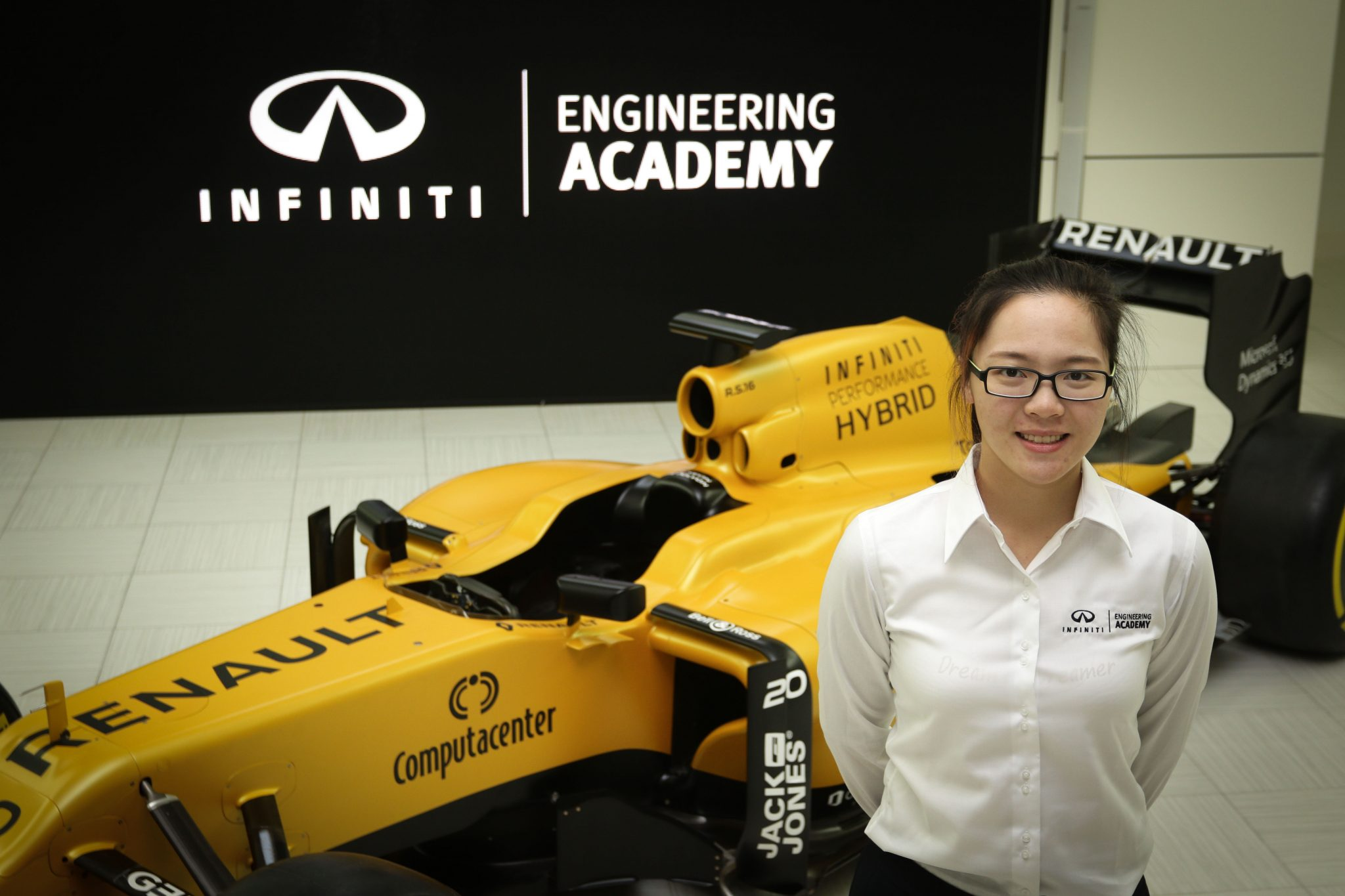 IEA winners visit the Renault Sport F1 Team headquarters.