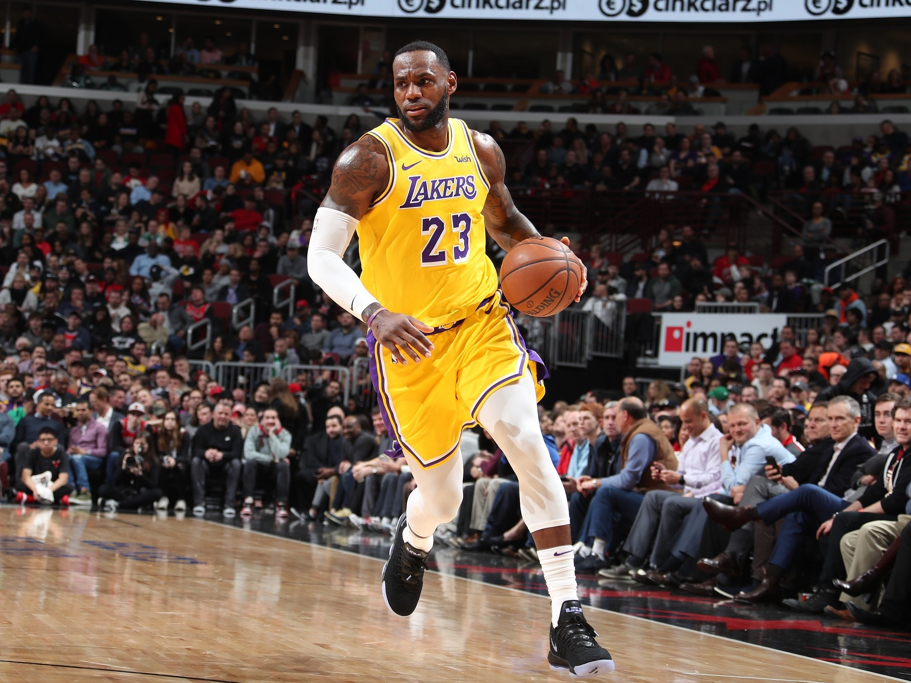 CHICAGO, IL - MARCH 12: LeBron James #23 of the Los Angeles Lakers handles the ball against the Chicago Bulls on March 12, 2019 at the United Center in Chicago, Illinois. Copyright 2019 NBAE (Photo by Nathaniel S. Butler/NBAE via Getty Images)