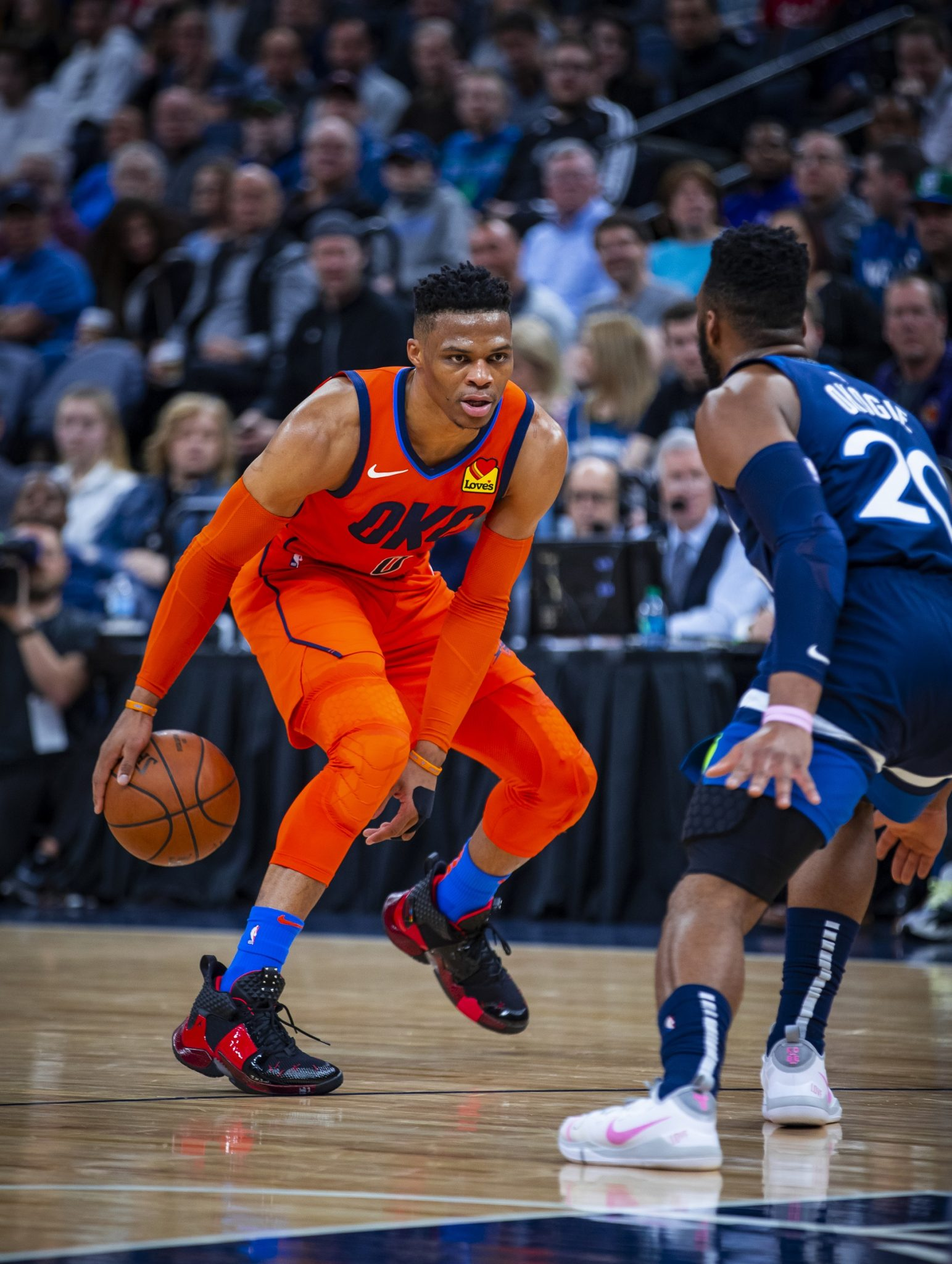 MINNEAPOLIS, MN - APRIL 7: Russell Westbrook #0 of the Oklahoma City Thunder handles the ball against the Minnesota Timberwolves on April 7, 2019 at Target Center in Minneapolis, Minnesota.  Copyright 2019 NBAE (Photo by Zach Beeker/NBAE via Getty Images)