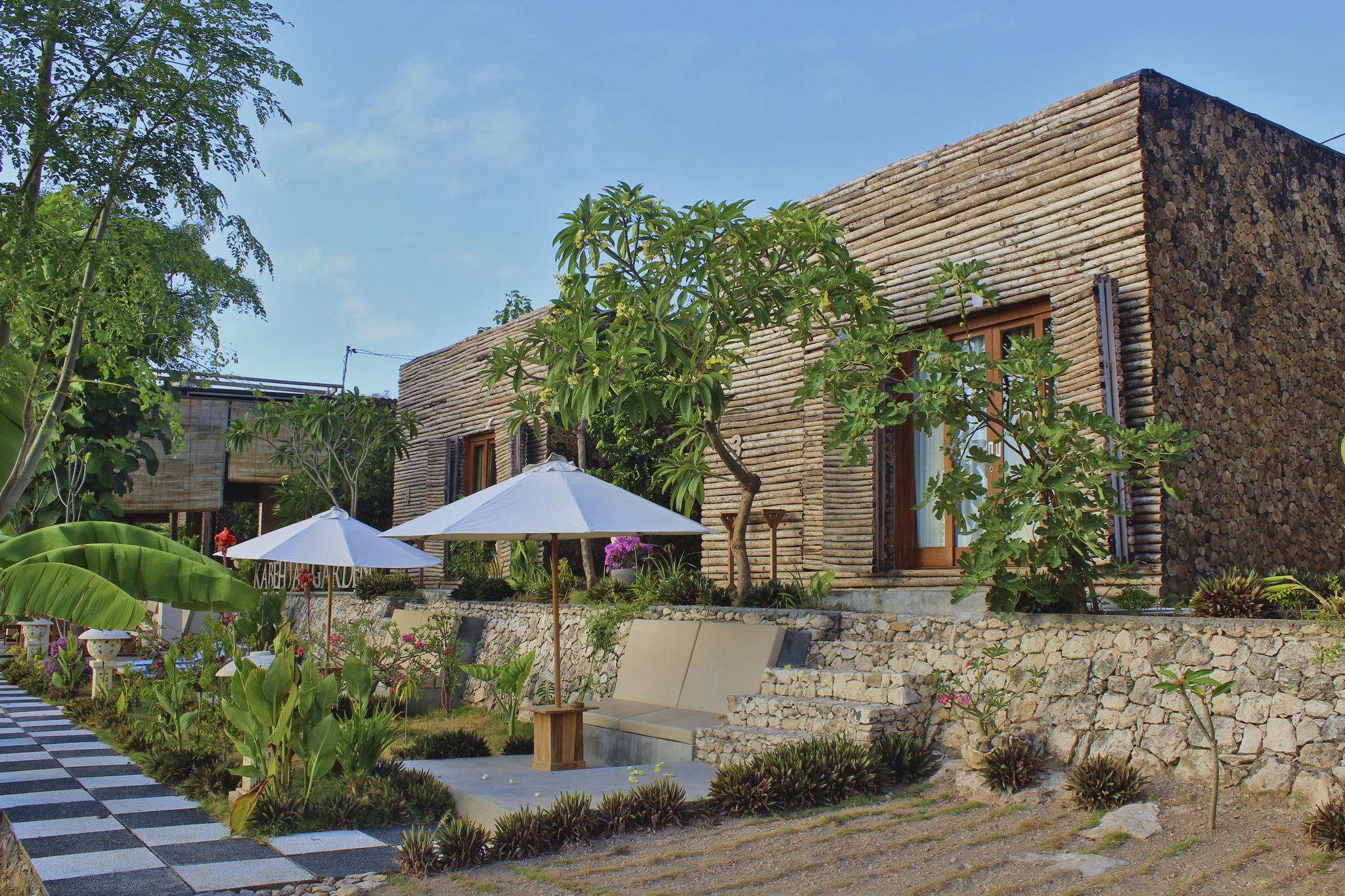 Kabeh Jati Garden Villa