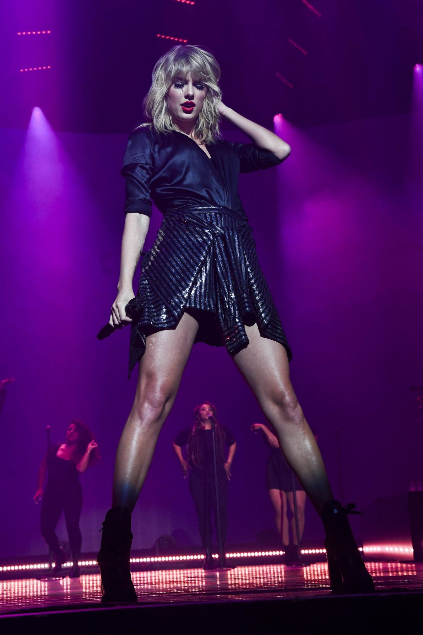 PARIS, FRANCE - SEPTEMBER 09:  Taylor Swift performs during her City of Lover Concert at L'Olympia on September 9, 2019 in Paris, France. (Photo by Dave Hogan)