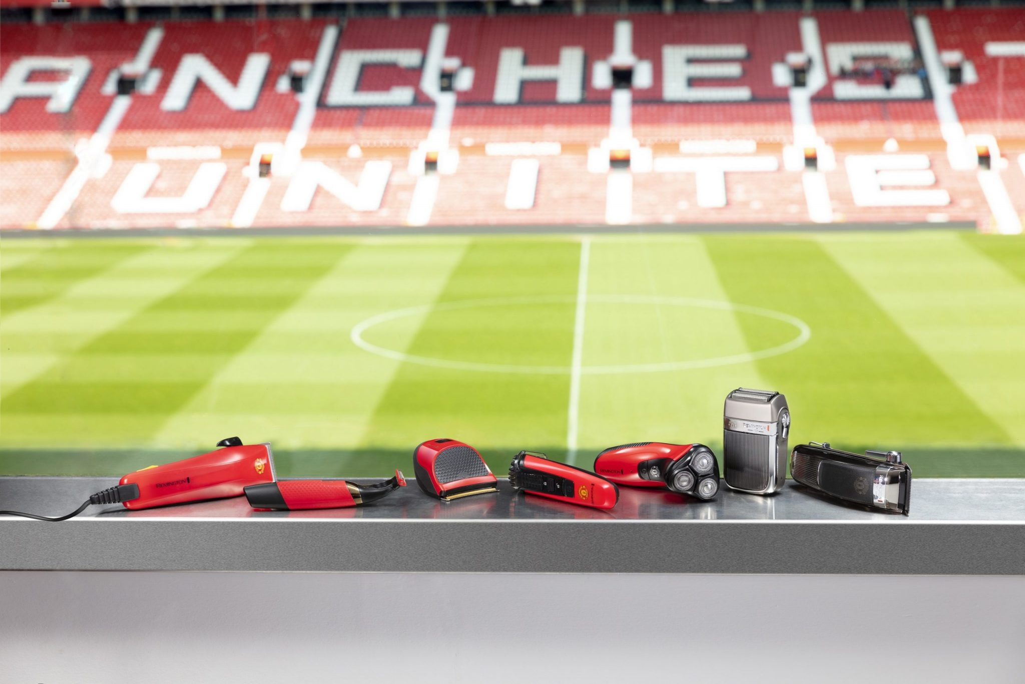 Remington's Manchester United Collection. Father's Day styling gifts.