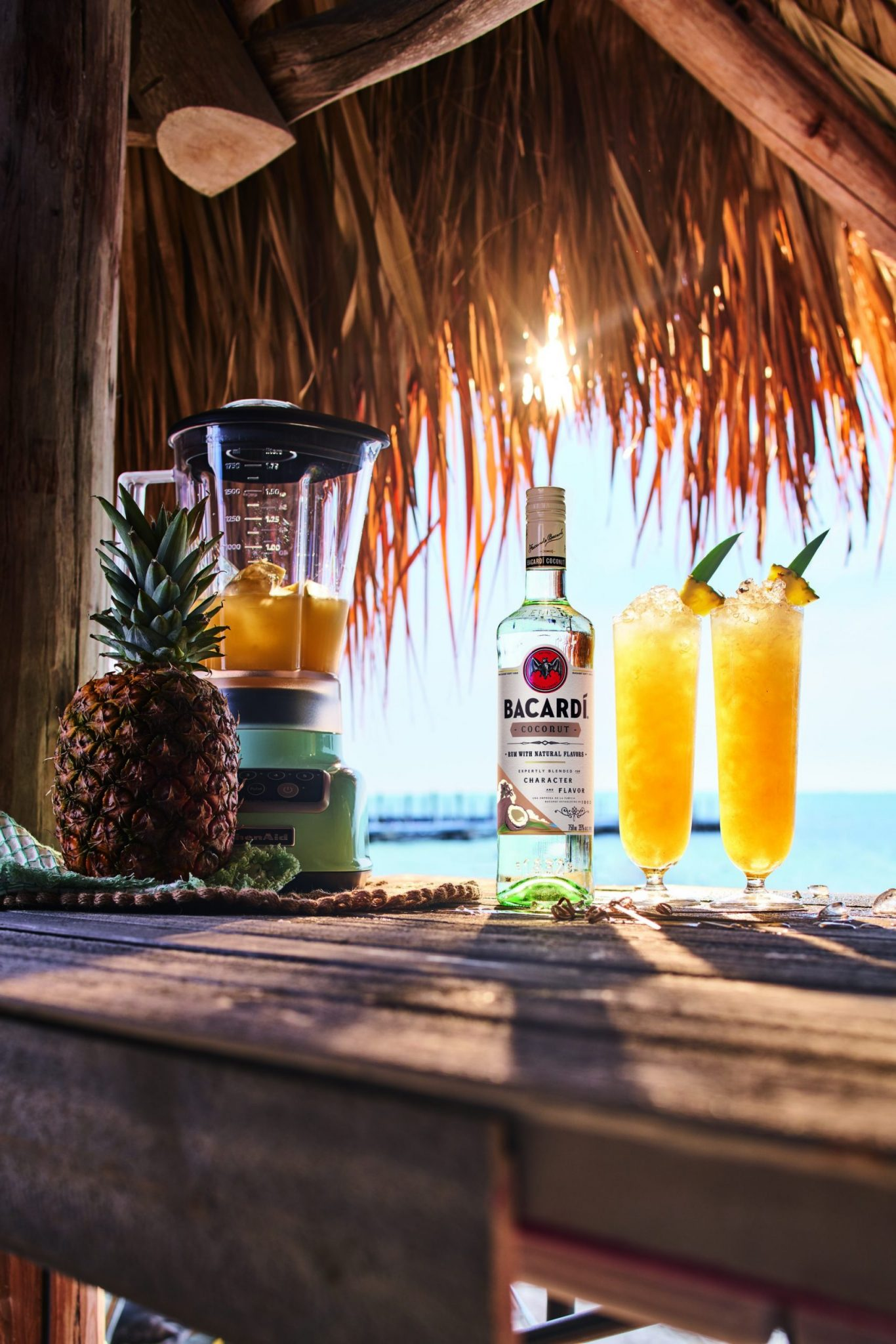 BACARDÍ Rum - Piña Colada - Lifestyle
