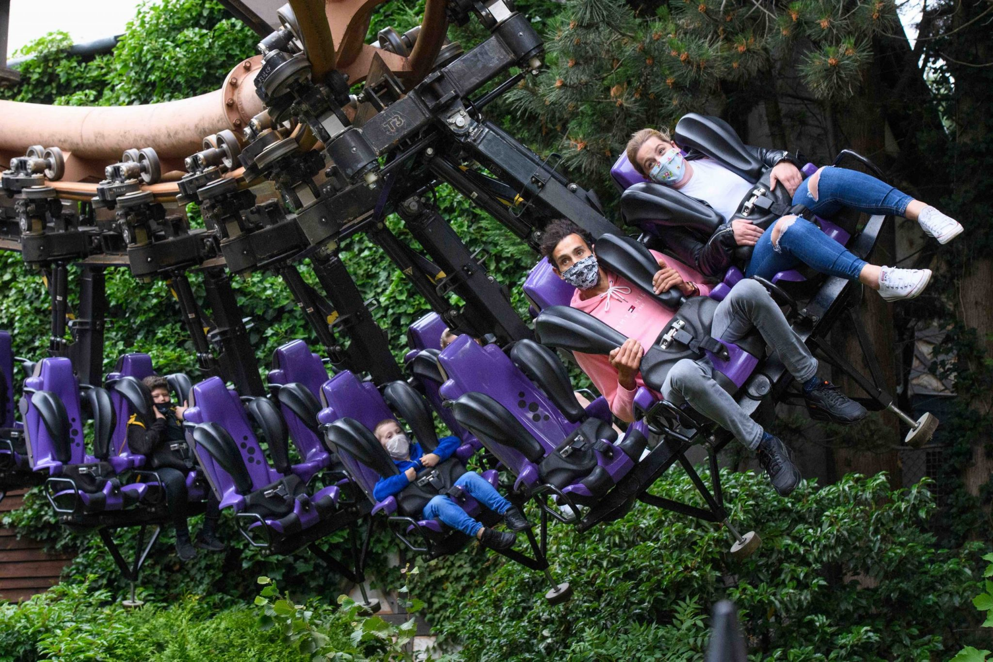 Chessington World of Adventures resort re-opens its Theme Park and Hotels, for the first time since closing in March.