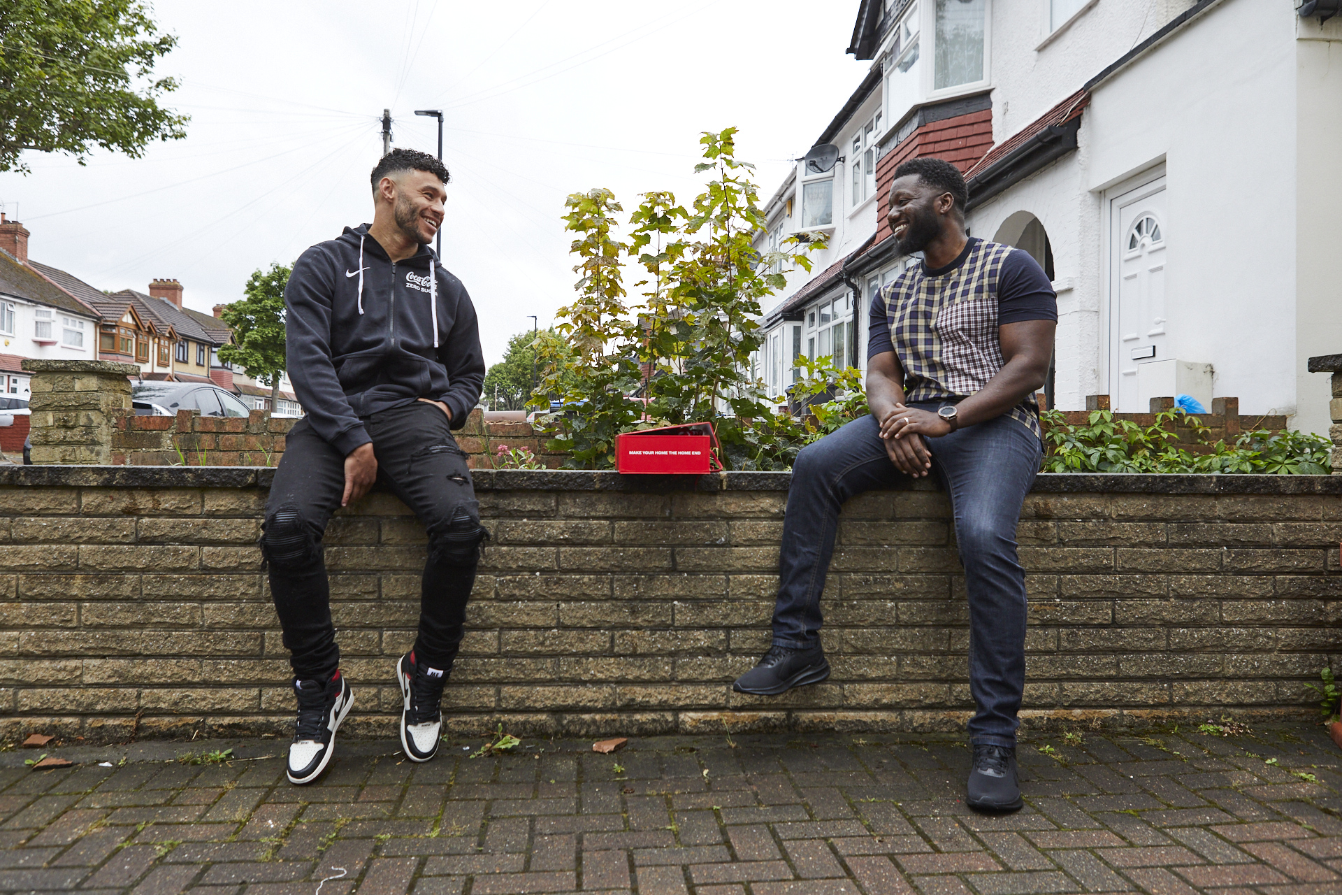 Coca-Cola Home End Deliveries with Alex Oxlade-Chamberlain and John Gyeni