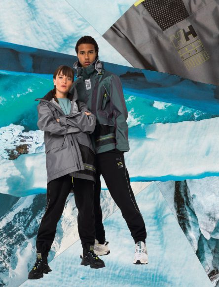 20AW_In-Store_SP_SELECT_Helly-Hansen-Q4_WindowCommercial-CampaignImage_1950x2550mm