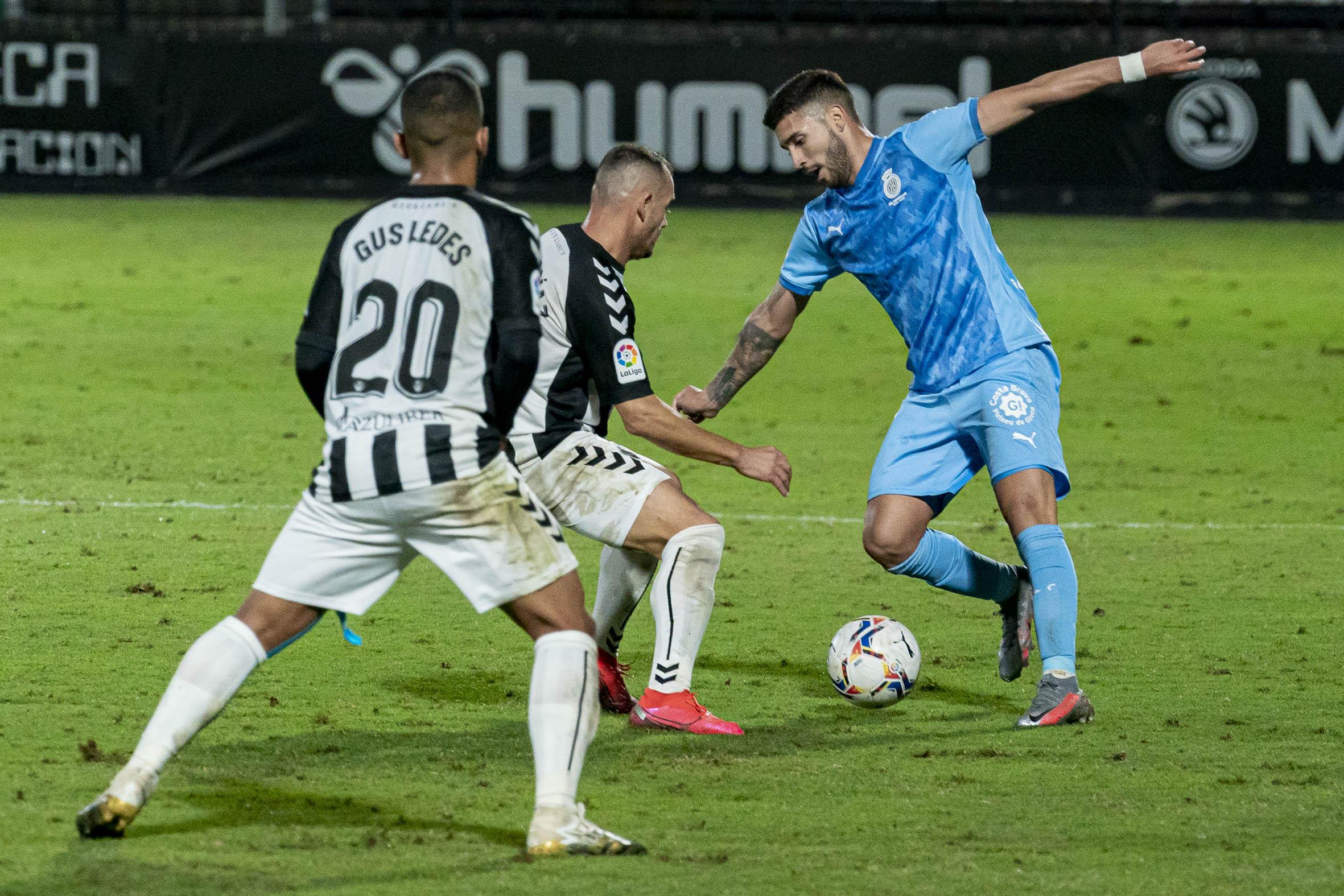 Nahuel_Bustos_(Girona_FC)[1]