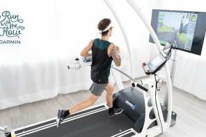 Join Florian Neuschwander's attempt to break the 100km treadmill world record on Zwift