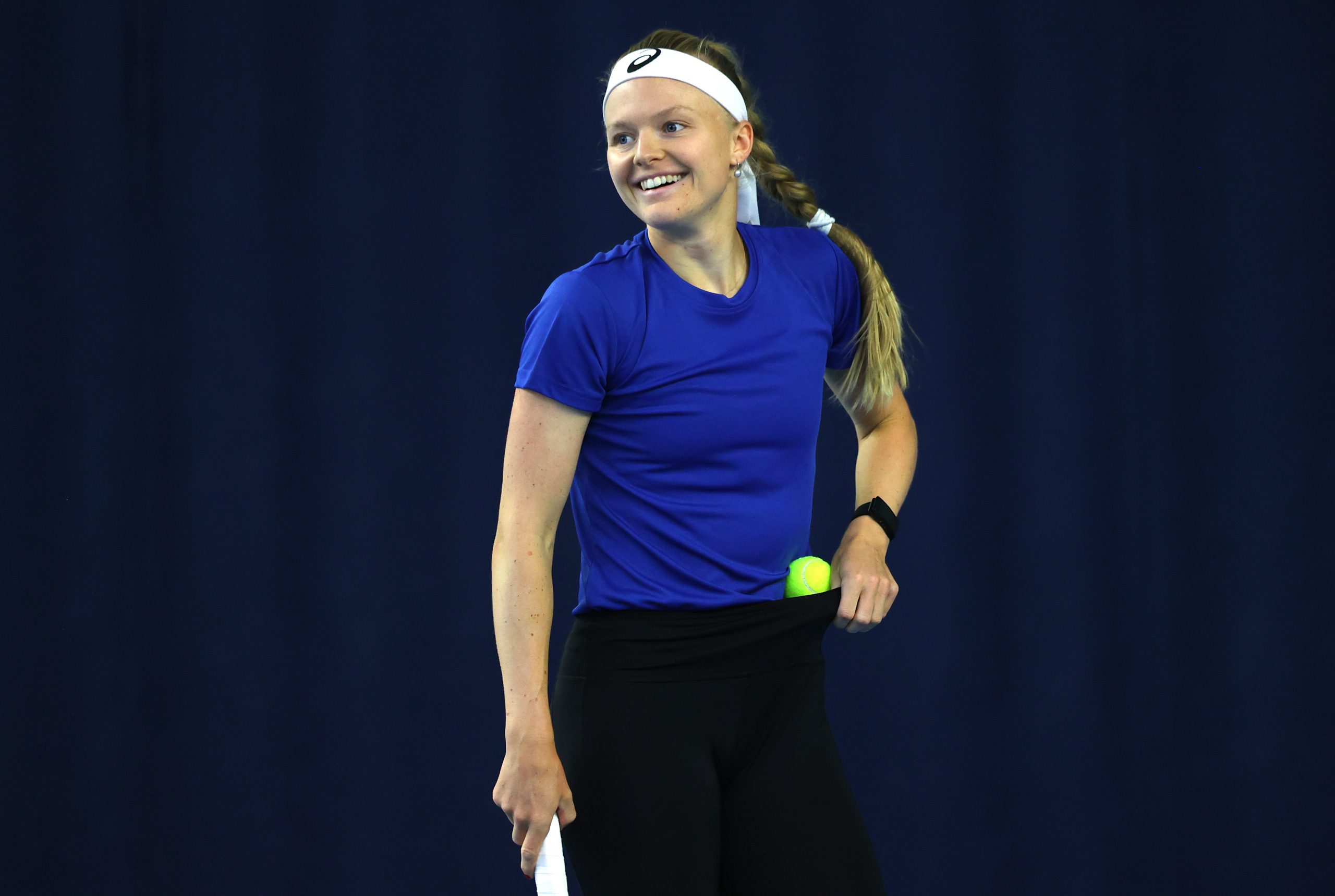 LONDON, ENGLAND - APRIL 15: Harriet Dart of Great Britain reacts during a preview day of the Billie Jean King Cup Play-Offs between Great Britain and Mexico at National Tennis Centre on April 15, 2021 in London, England. (Photo by Naomi Baker/Getty Images for LTA)