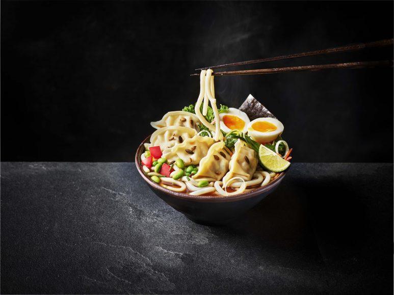 Veggie_Gyoza_Udon_Chopsticks1
