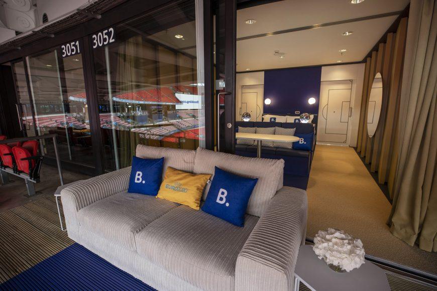 Booking.com Stadium Suite (4)