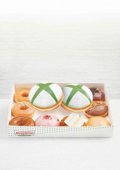 CYO-Dozen---floating-doughnuts