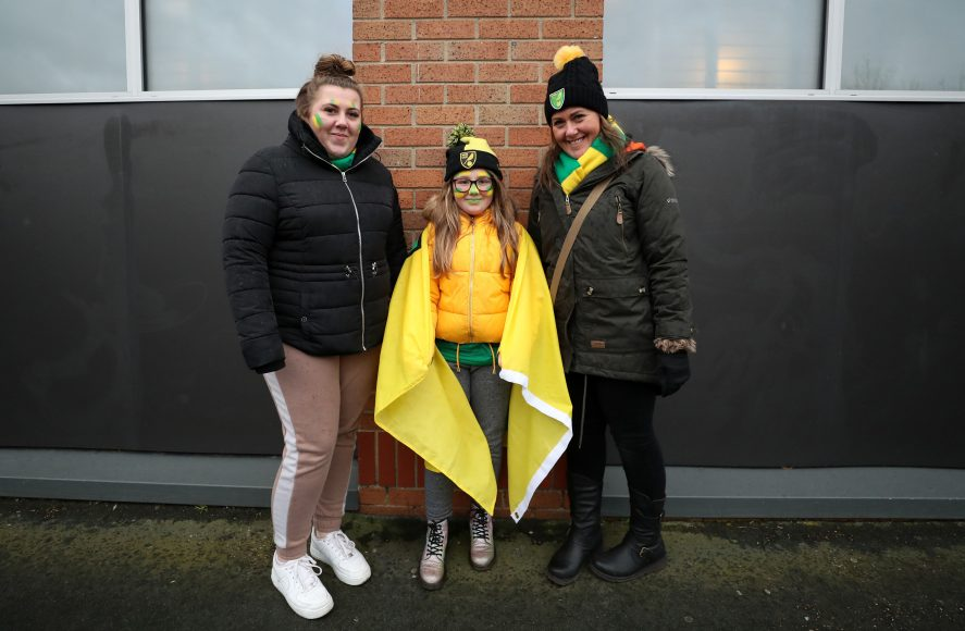 NORWICH, ENGLAND - FEBRUARY 15: Fans of Norwich City ahead of the Premier League match between Norwich City and Liverpool FC at Carrow Road on February 15, 2020 in Norwich, United Kingdom. (Photo by Catherine Ivill/Getty Images)